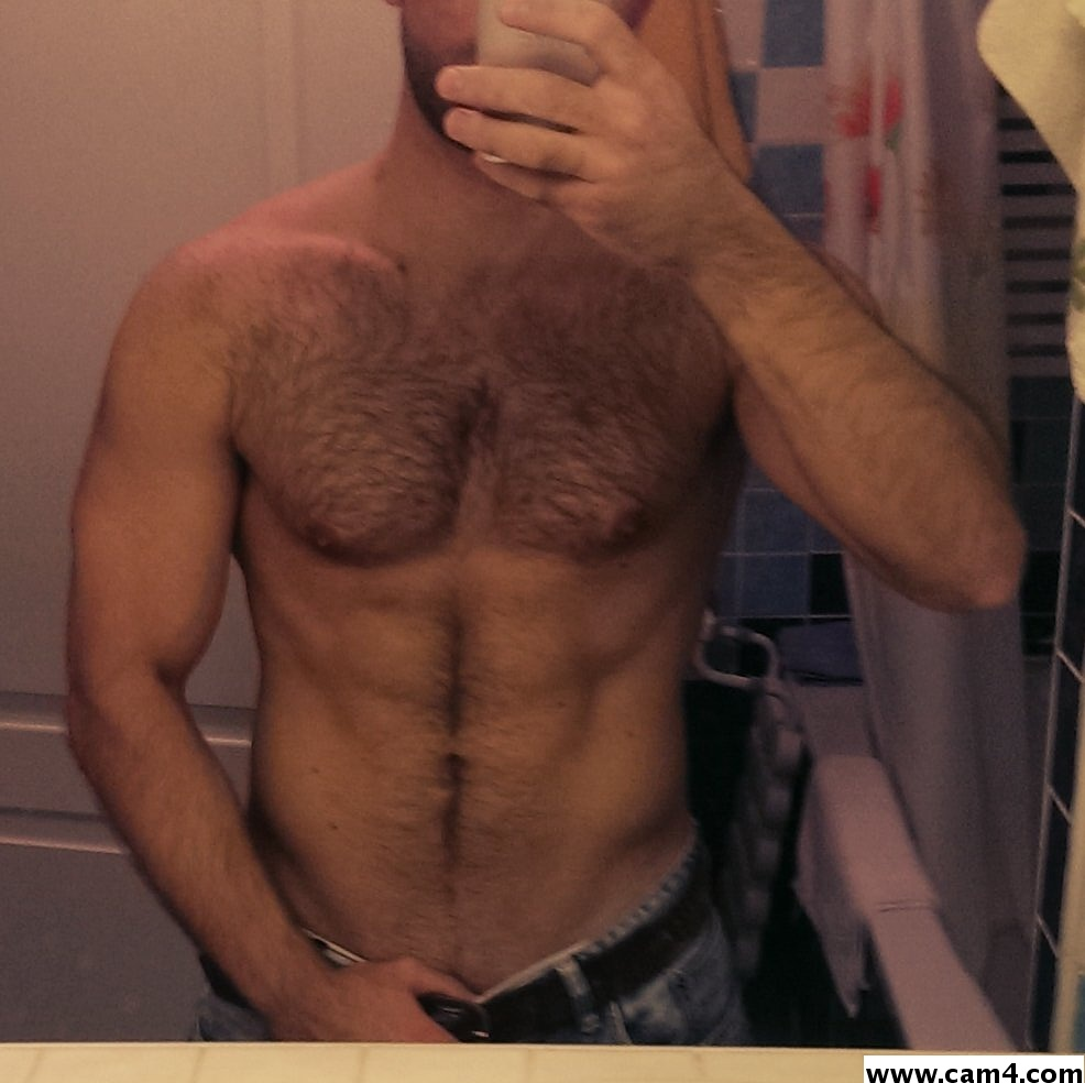 20 Almost-Sure Signs Your Boyfriend is Gay! - Lovepanky