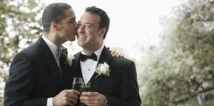 5 Things You Must Know Before Attending a Same-Sex Wedding