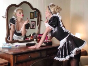 Cam4 Show Ideas- sexy French Maid