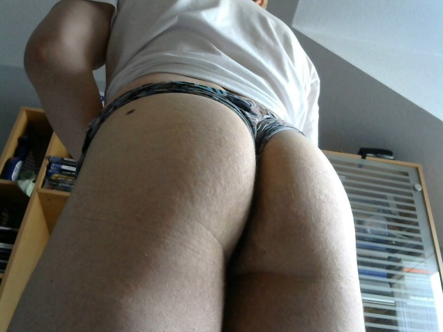 A CAM4 Must See Frencboy97