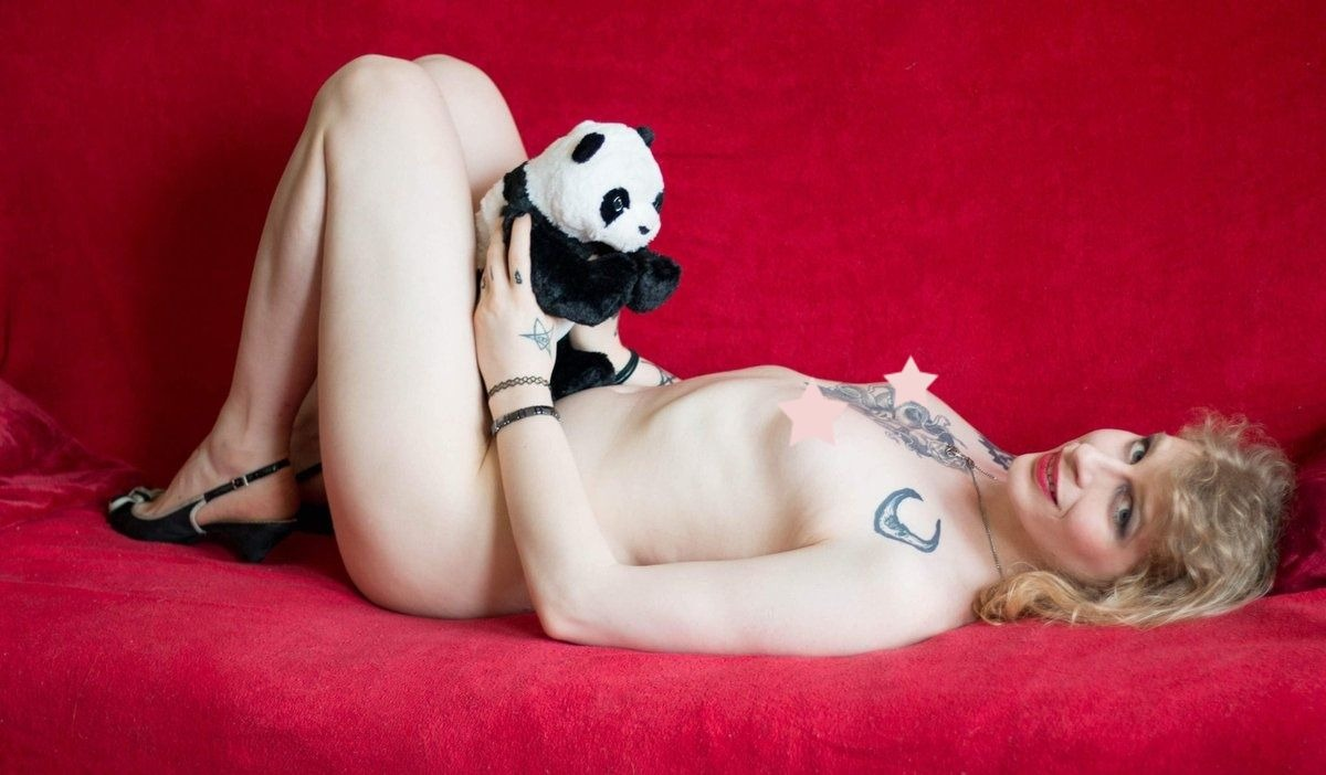 Cam4 Interview with lovely witchitalove