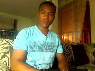 Men of Cam4: HugoPassivo, BlackSexiHot, KingSize666